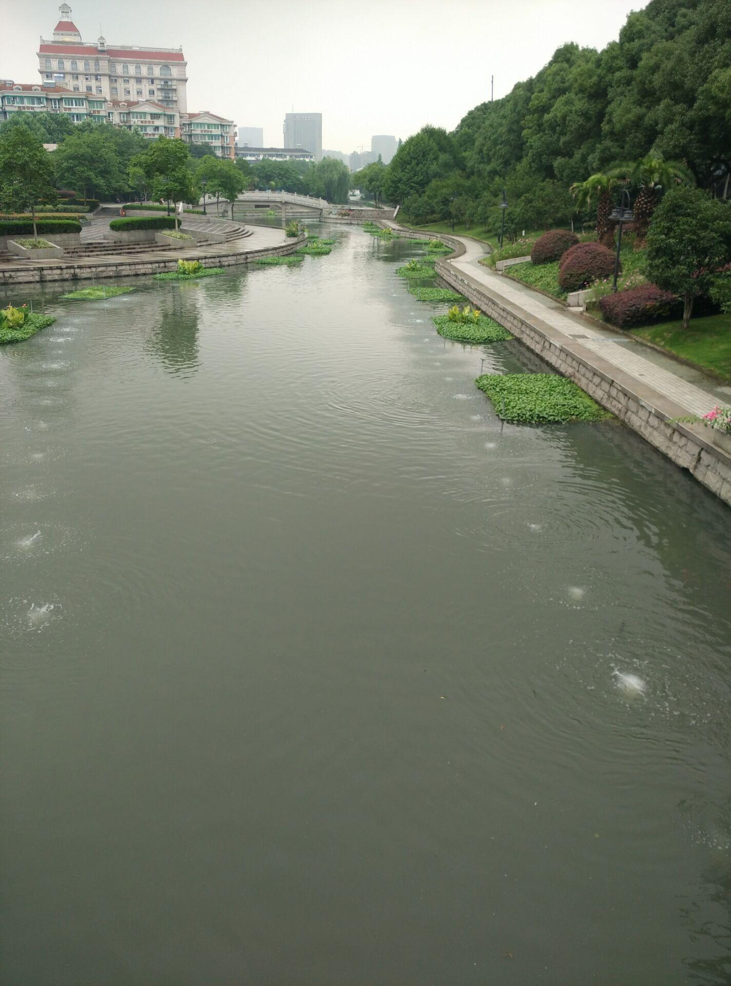 龙铁沉水风机在杭州河道中的应用